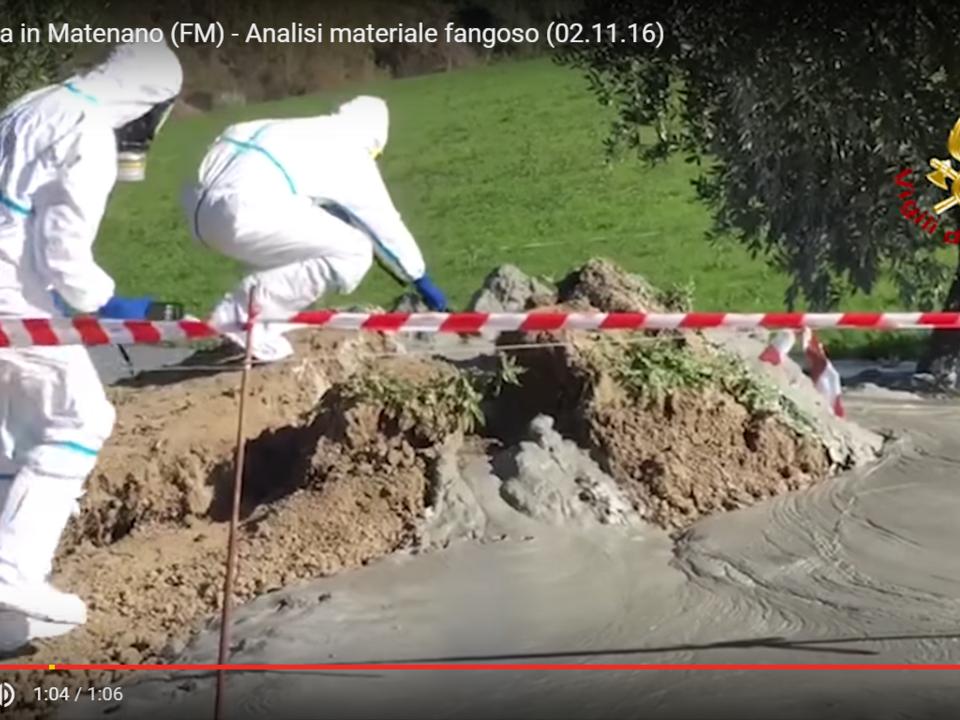 YouTube/Pupia Crime -Santa Vittoria in Matenano (FM) - Analisi materiale fangoso (02.11.16)