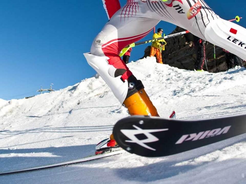 skifahrer_leer_PDI_20090930_PDI2281.highres