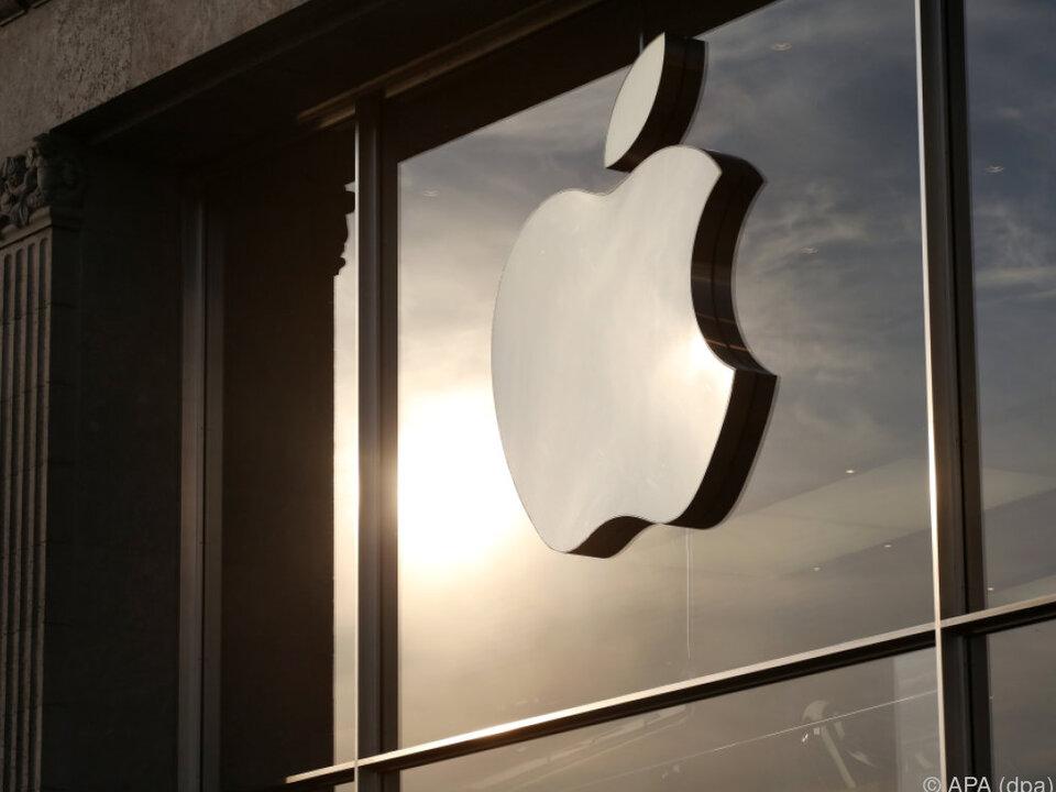 An der Spitze bleibt Apple