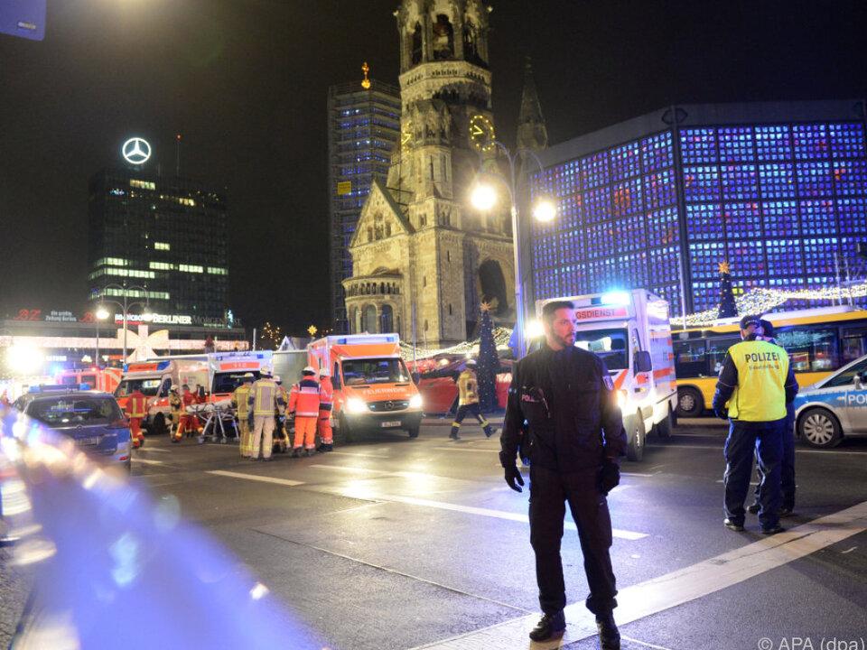Anschlag mit Lastwagen auf Berliner Weihnachtsmarkt