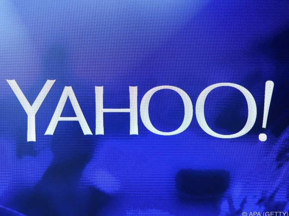 Erst im September gestand Yahoo einen großen Datenklau ein