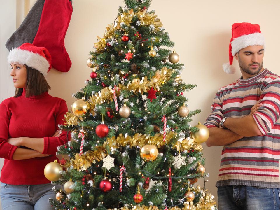 ärger weihnachten paar streit