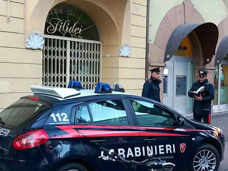 i carabinieri di bolzano dopo il sopralluogo