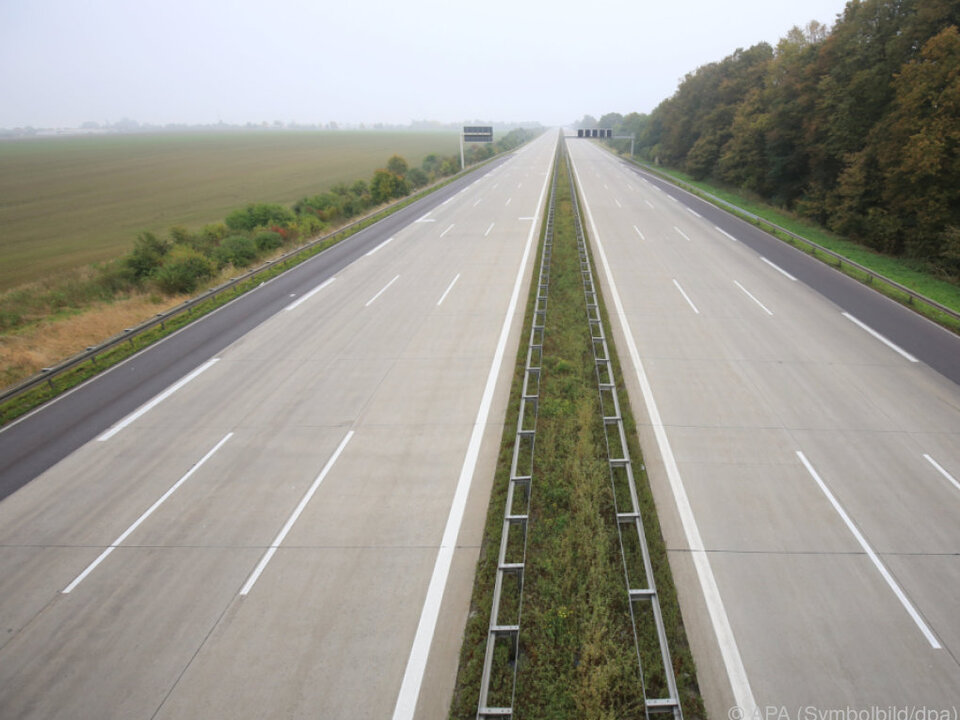 autobahn Im Juli tritt das Straßenverkehr-Unfallstatistikgesetz in Kraft
