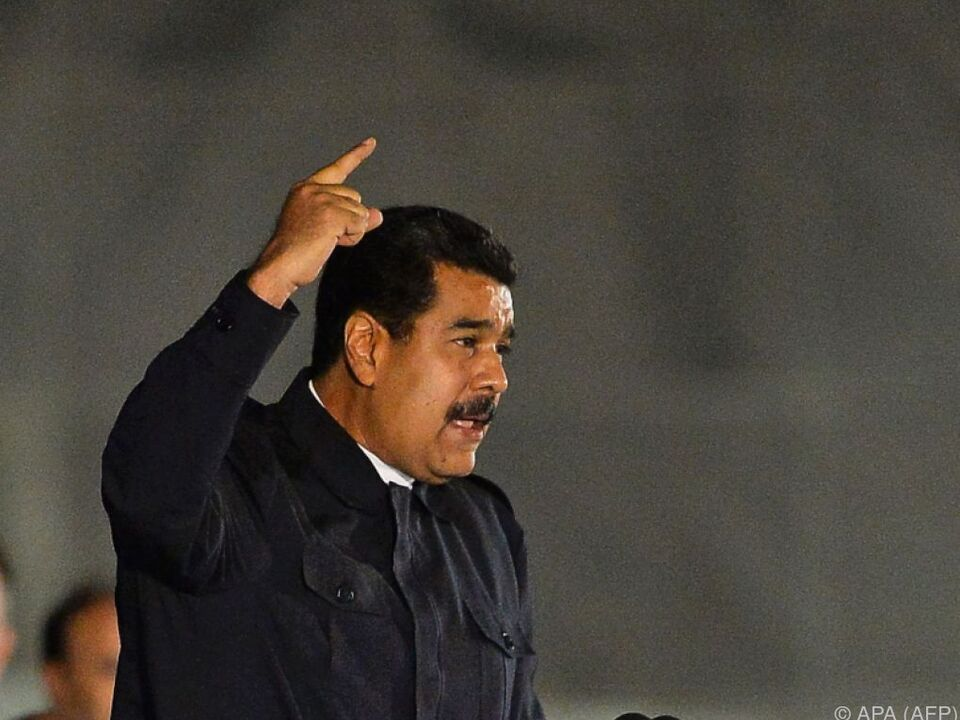Maduro kämpft mit schwerer Wirtschaftskrise