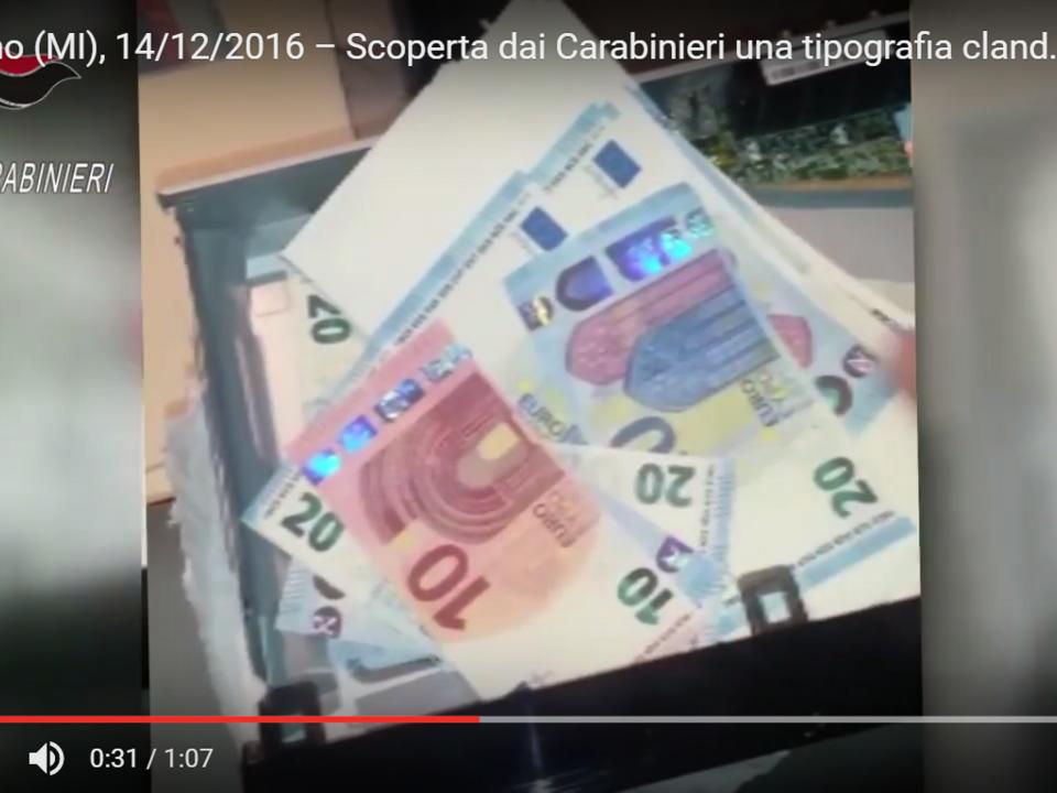 YouTube/Arma dei Carabinieri -Melegnano (MI), 14/12/2016 – Scoperta dai Carabinieri una tipografia clandestina. Un arresto