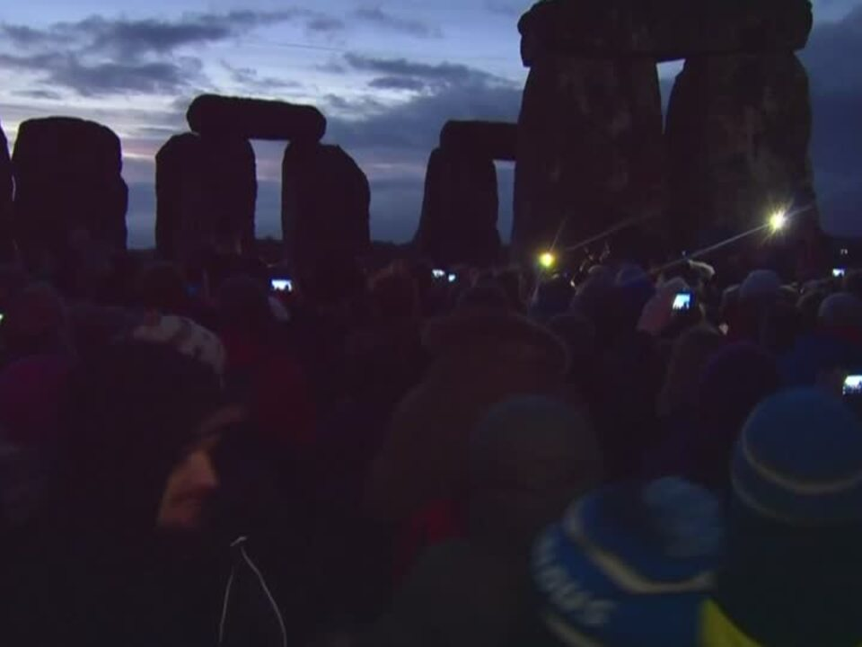 Wintersonnenwende-Feier in Stonehenge