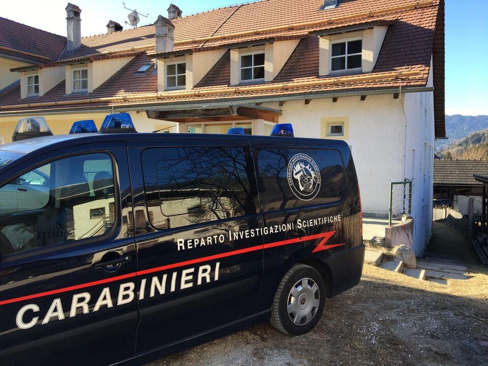 mordfall huber 20170110 i carabinieri del RIS sulla scena del crimine 1