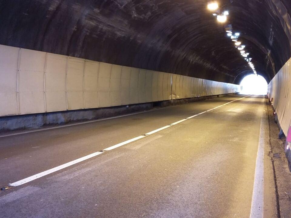 tunnel klausen 902587_TunnelSS12Klausen