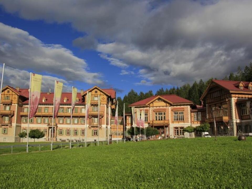906753_Grand_Hotel toblach