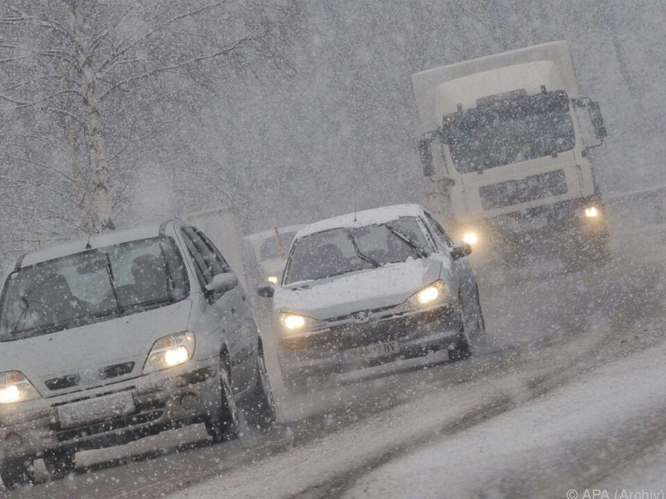 Der Schnee machte besonders jungen Autofahrern zu schaffen winter