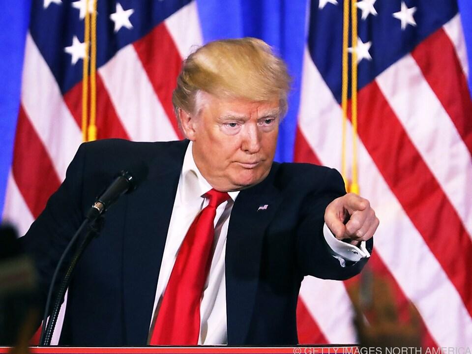 Donald Trump stellte sich erstmals nach der Wahl der Presse