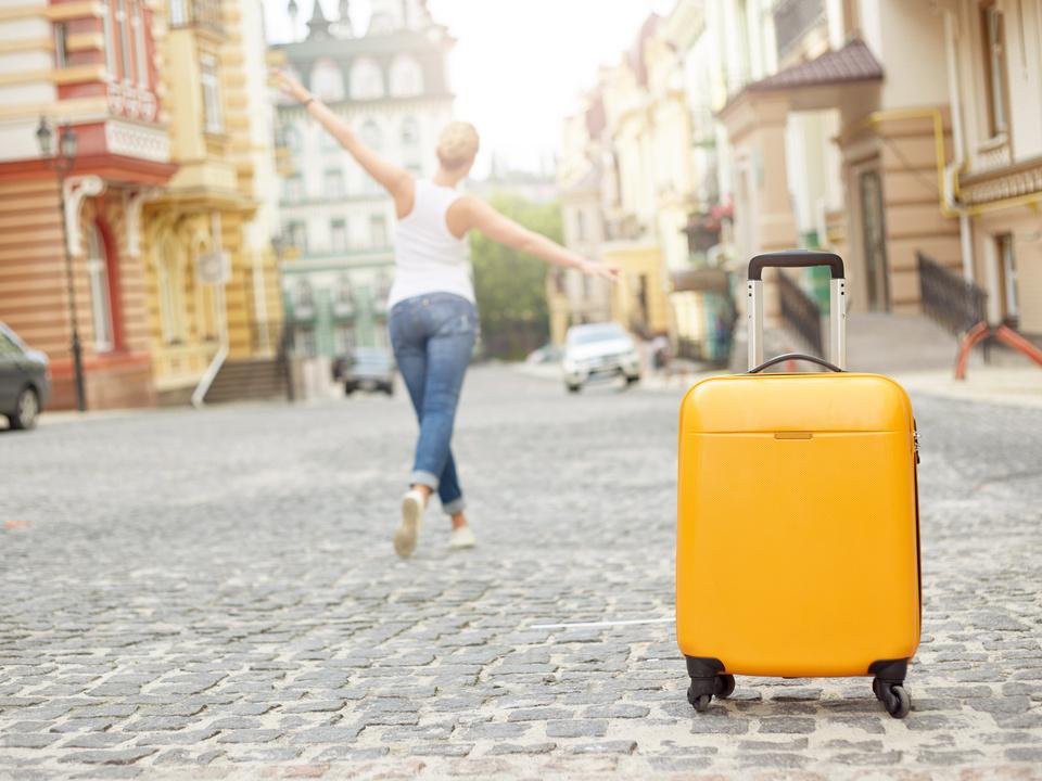 koffer urlaub reise auszug umzug umziehen freiheit