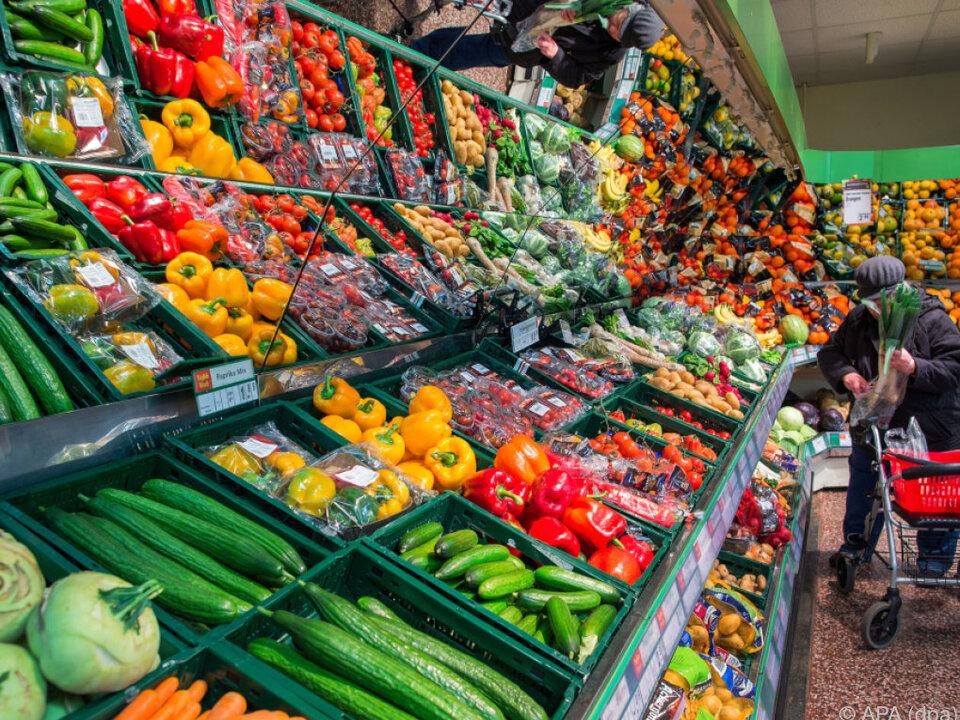 Lebensmittel wählen viele am liebsten persönlich aus