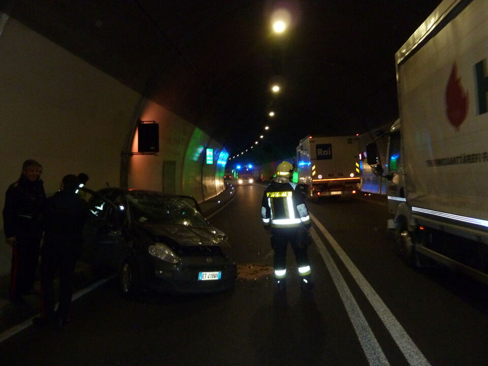 Unfall Tunnel Auer