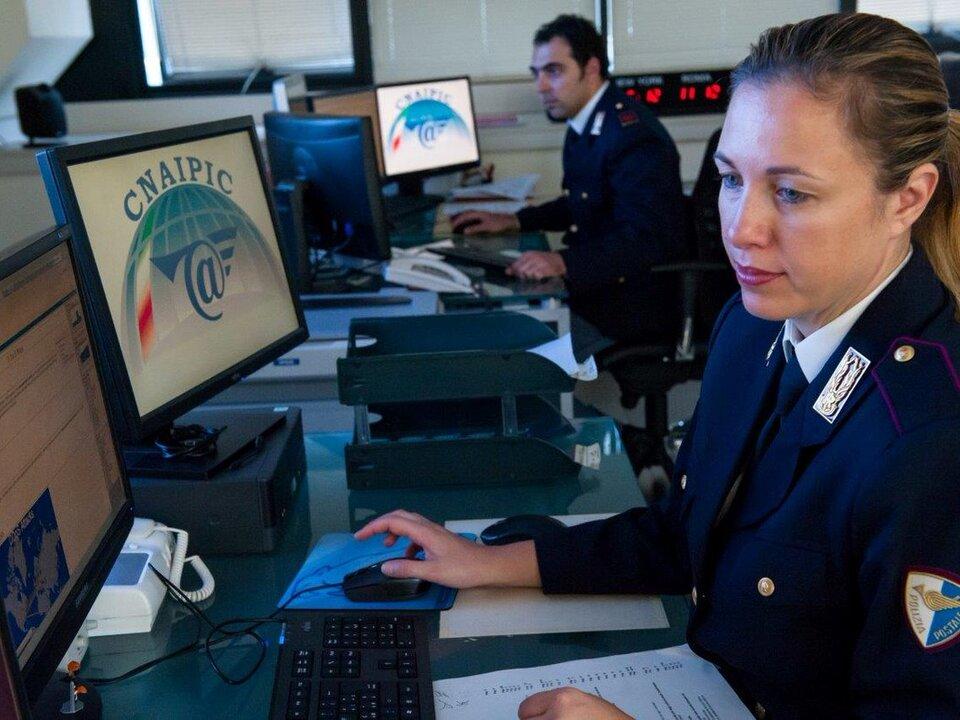 Twitter polizia postale II