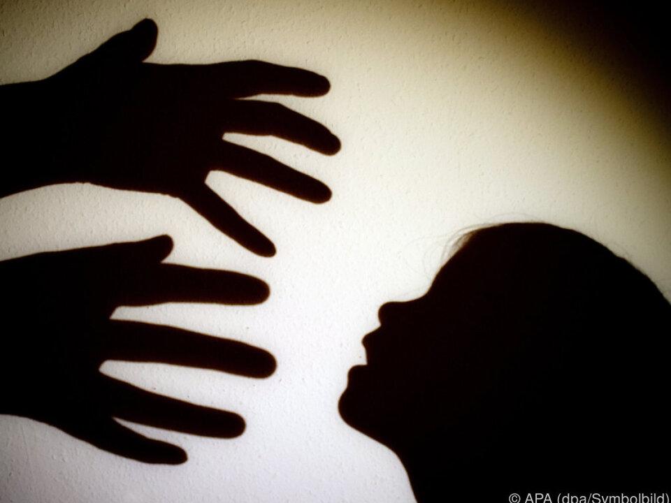 Kindesmissbrauch Der Sachverhalt wird erst geklärt gewalt
