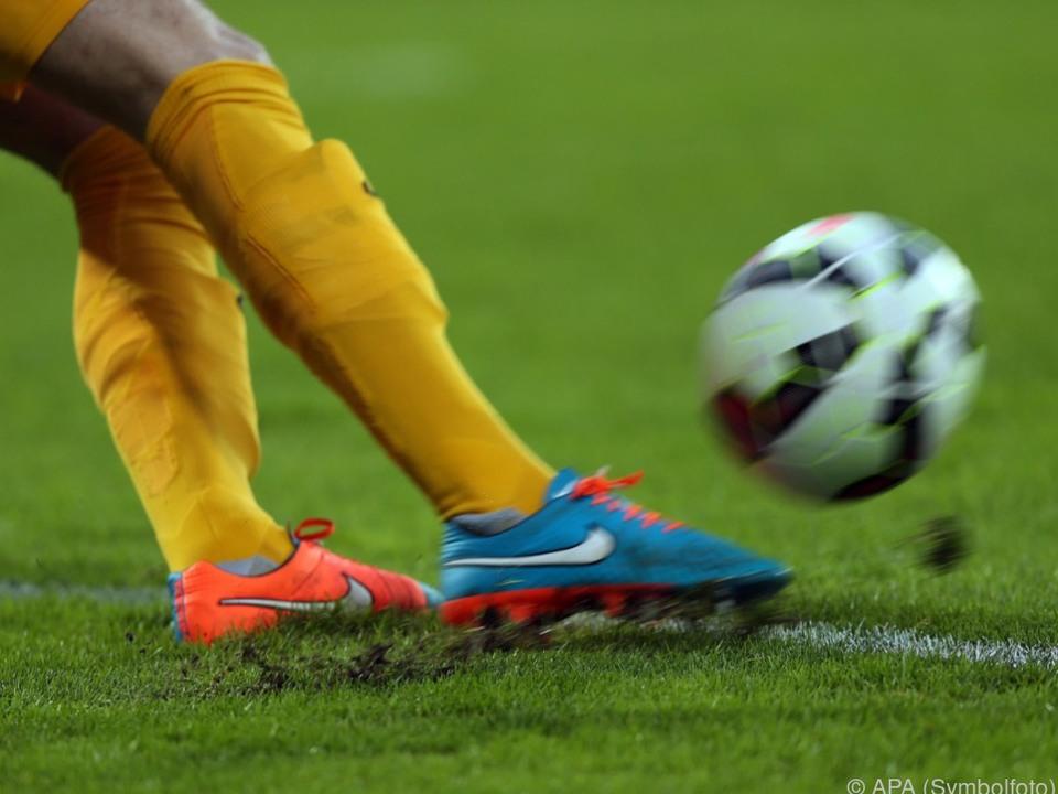 In der Ersten Liga rollt wieder der Ball