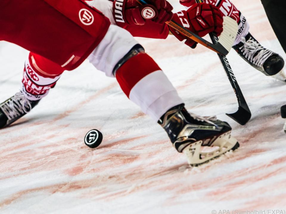 Salzburg liegt zwei Punkte vor den Caps