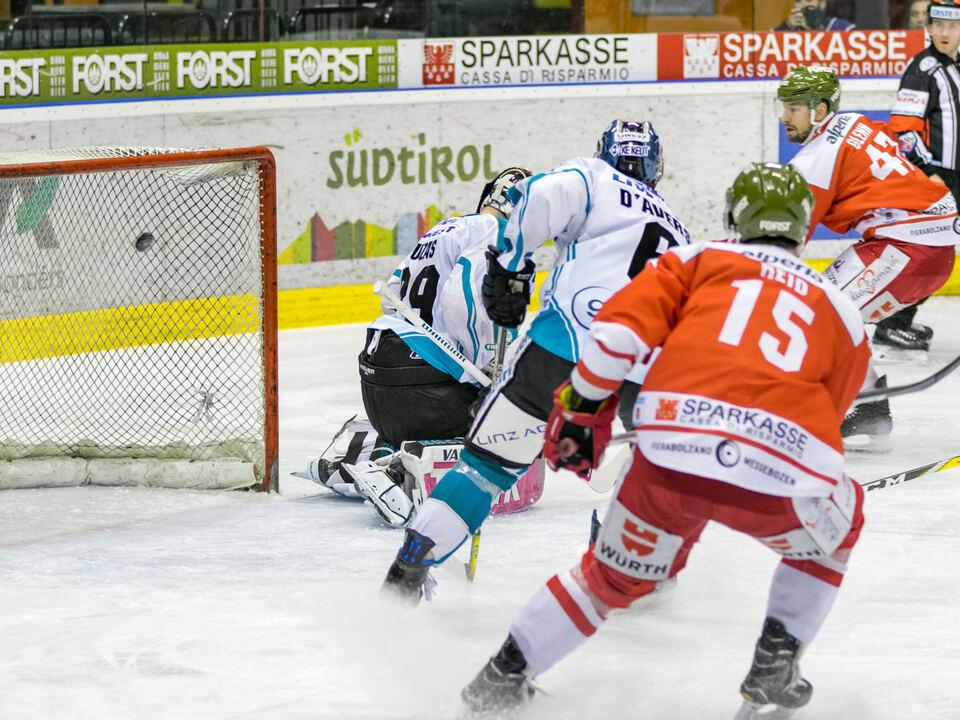 Vanna Antonello-HCB Südtirol Alperia vs Black Wings Linz
