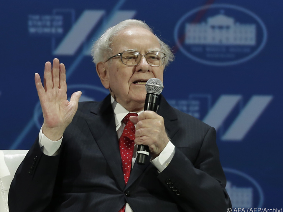Starinvestor Buffett baut Beteiligung an Apple weiter massiv aus