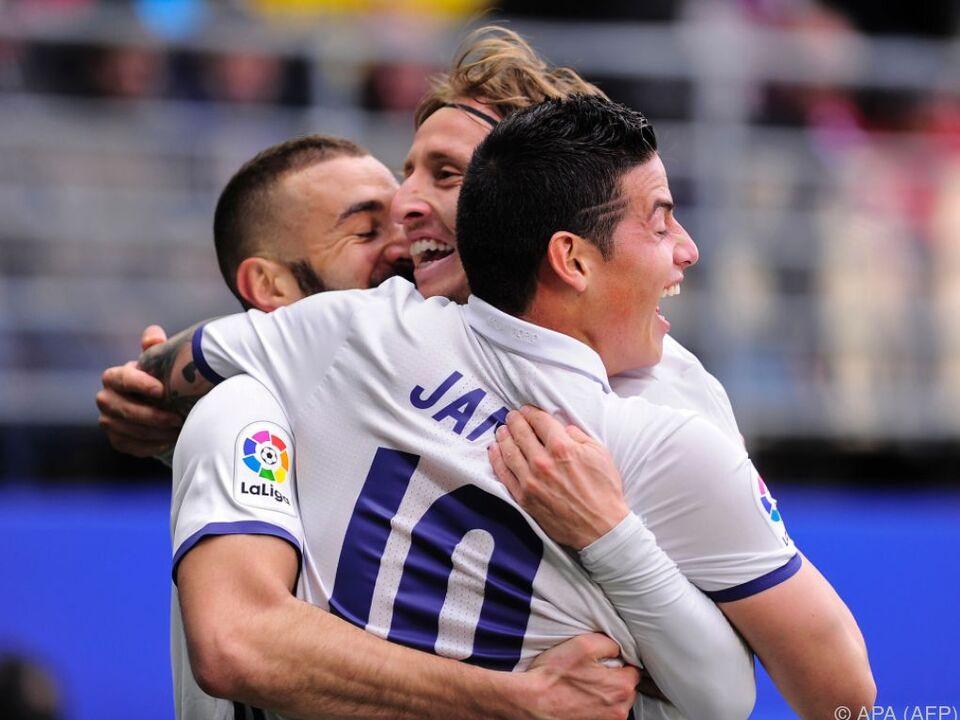 Benzema sprang für die Superstars in die Bresche