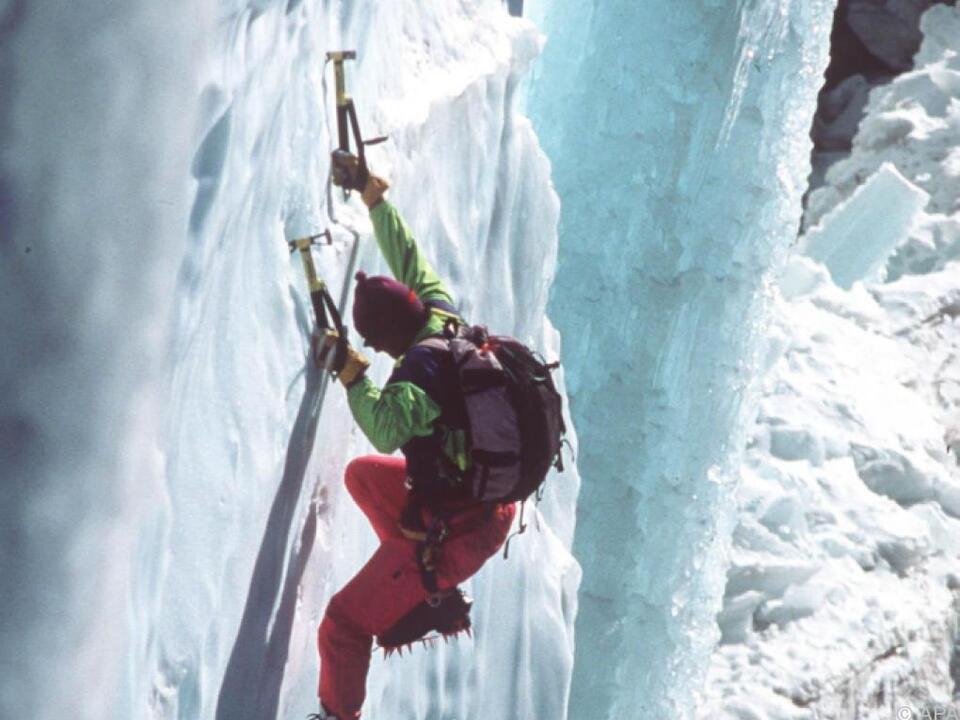 Der Bergsteiger stürzte beim Eisklettern ab