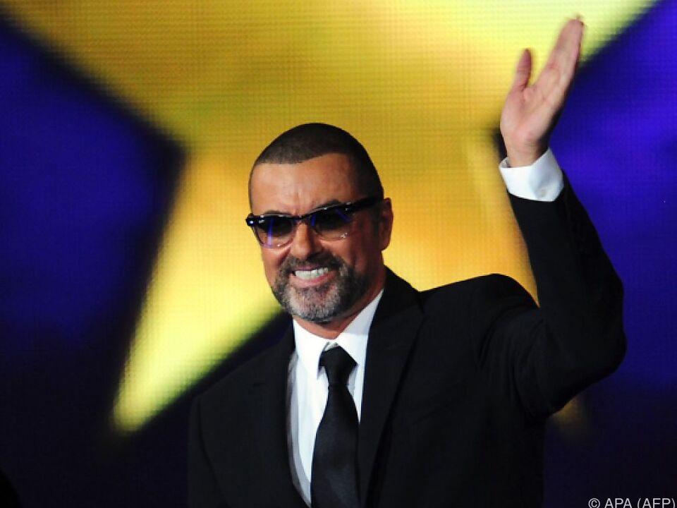 Popstar George Michael in privatem Kreis beigesetzt