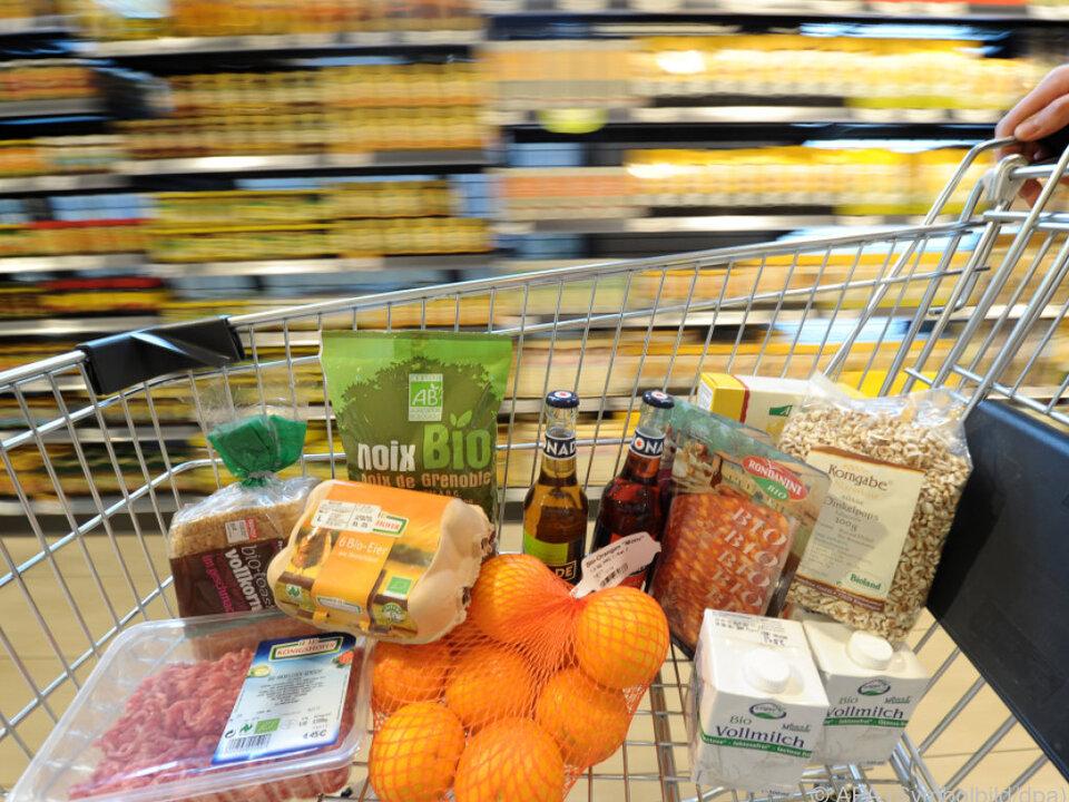 Die Binnennachfrage gestaltet sich lebhaft einkaufen orangen
