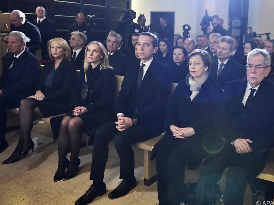 Die höchsten Vertreter der Republik trauern um die Ministerin