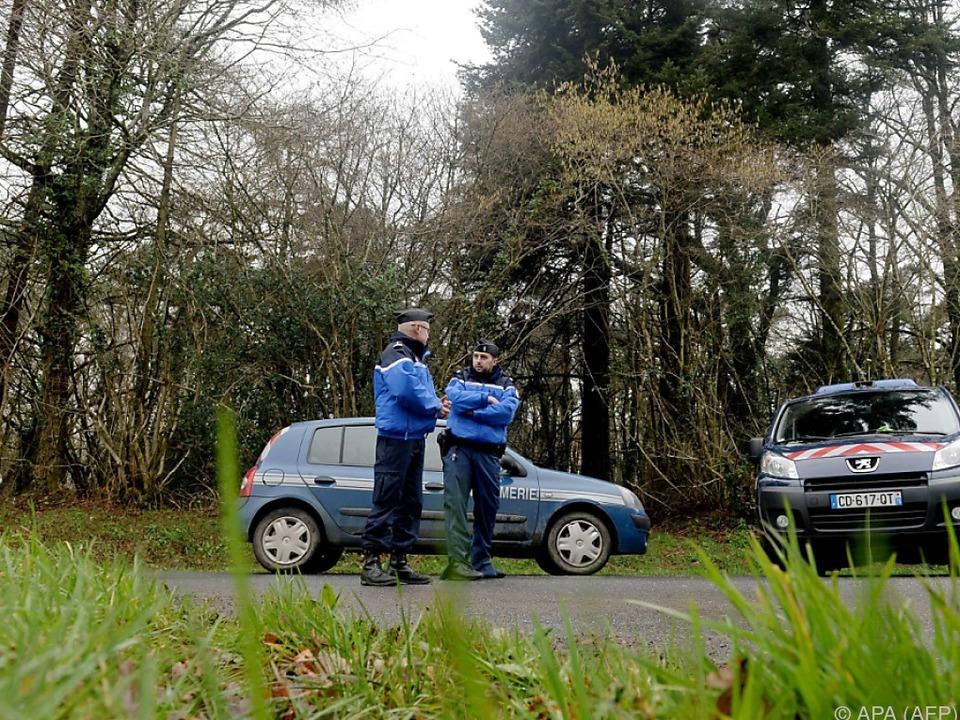 Die Polizei nahm Schwager und Schwester des Familienvaters fest