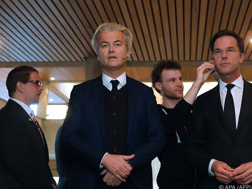Erste direkte Konfrontation von Wilders und Rutte