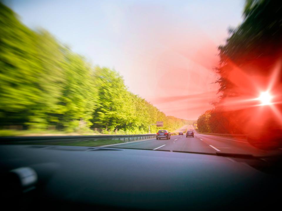 raser beim blitzmarathon radar speed auto blitzgerät radar polizei