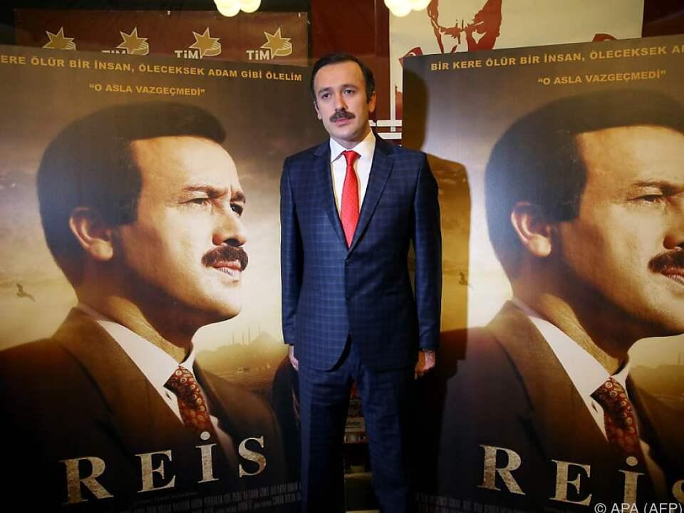 Hauptdarsteller Reha Beyoglu ist ein großer Fan von Erdogan