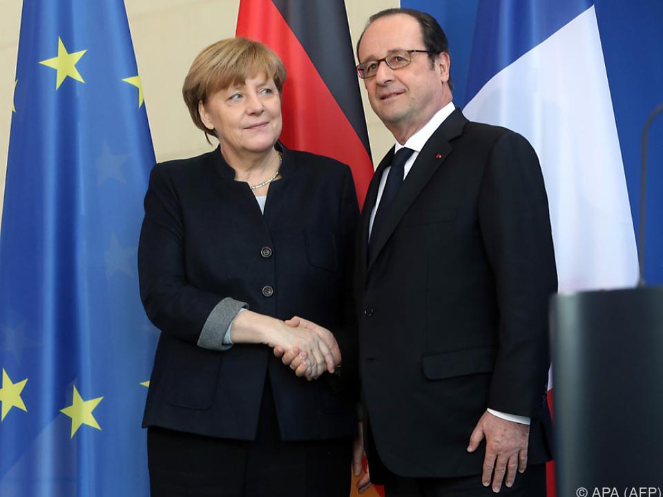 Hollande trifft mit Merkel, Rajoy und Gentiloni zusammen