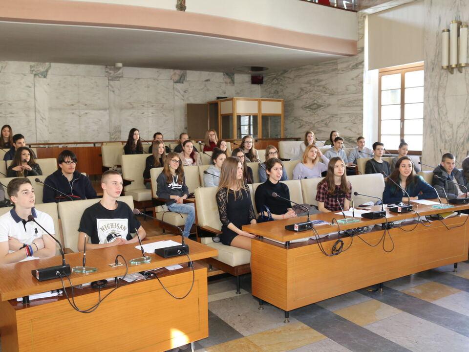 Studenten Belgrad Meran