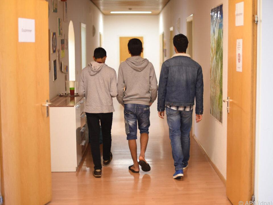 Nur unbegleitete minderjährige Flüchtlinge werden aufgenommen