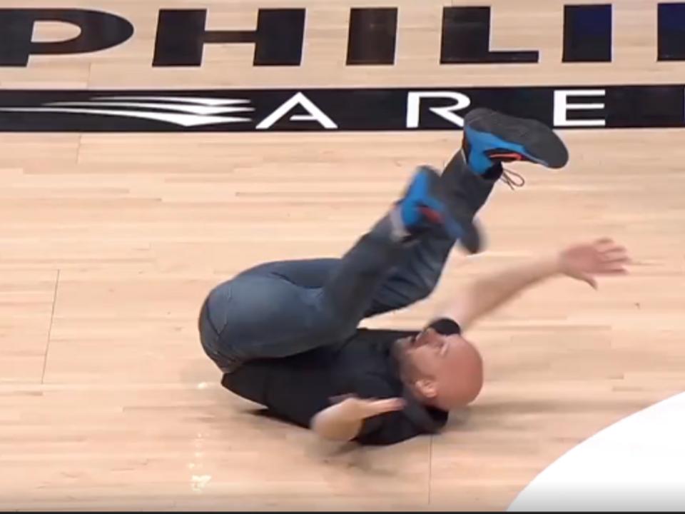 Tanzeinlage Fan Basketballspiel Atlanta Hawks