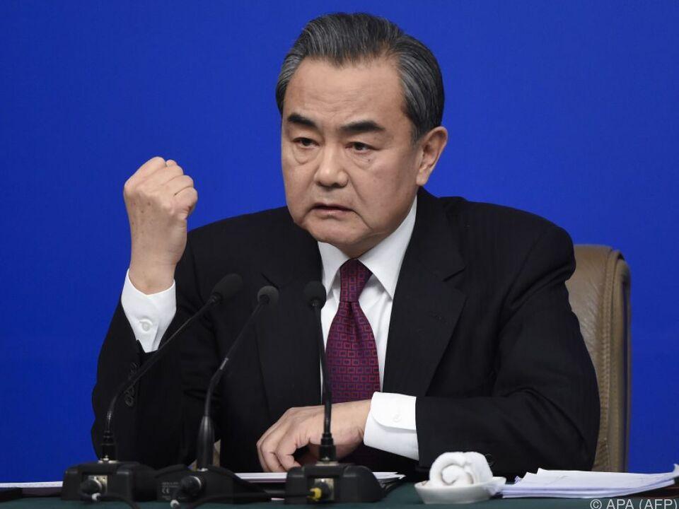 Wang Yi fordert Einstellung der Militärmanöver