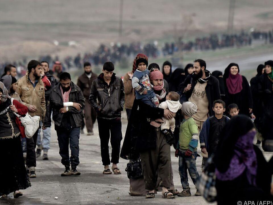 Zahlreiche Menschen haben Mosul verlassen