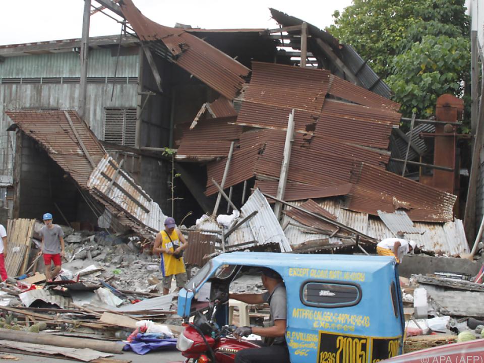 An vielen Gebäuden entstand Sachschaden