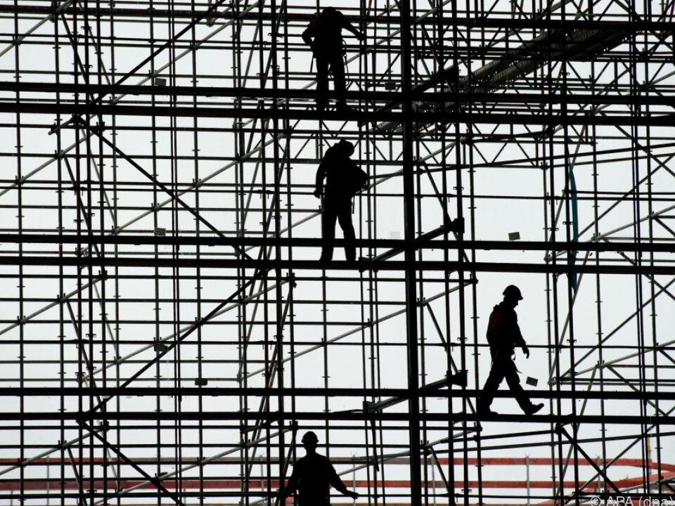 Baubranche und Industrie zogen stark an