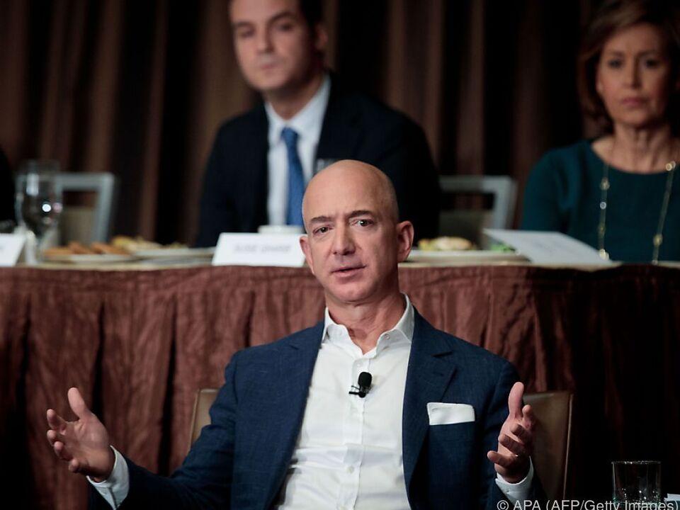 Bezos soll ein Vermögen von 78 Milliarden Dollar haben