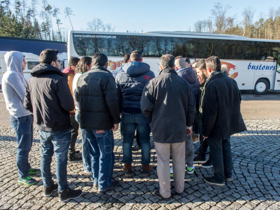 Bundesregierung evaluiert Folgen des Flüchtlingszuzugs