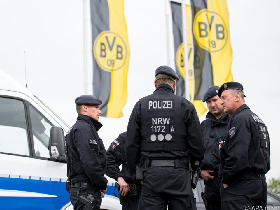 BVB-Profi Marc Bartra wurde Dienstagabend noch operiert