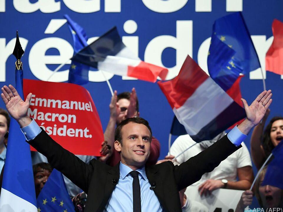 Wahlendspurt: Le Pen macht Stimmung gegen Massen-Einwanderung