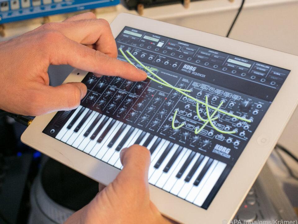 Die App Korg iMS-20 simuliert einen analogen Syntesizer