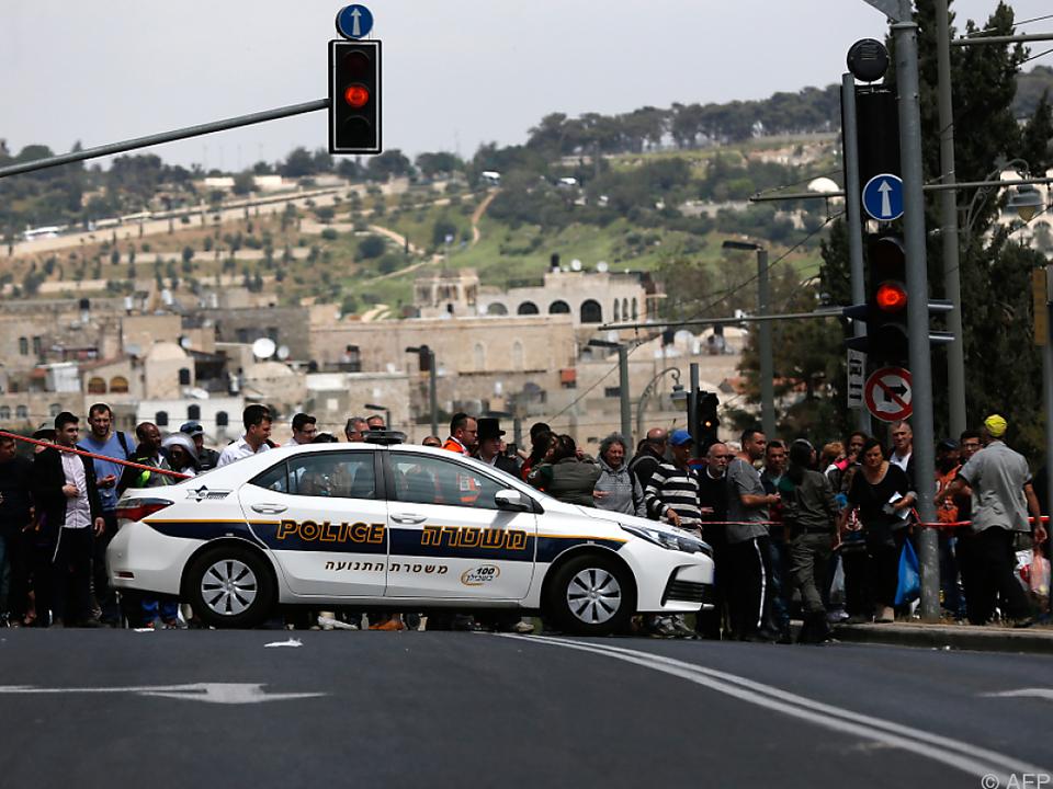 Die Attacke dürfte sich in einer Straßenbahn abgespielt haben