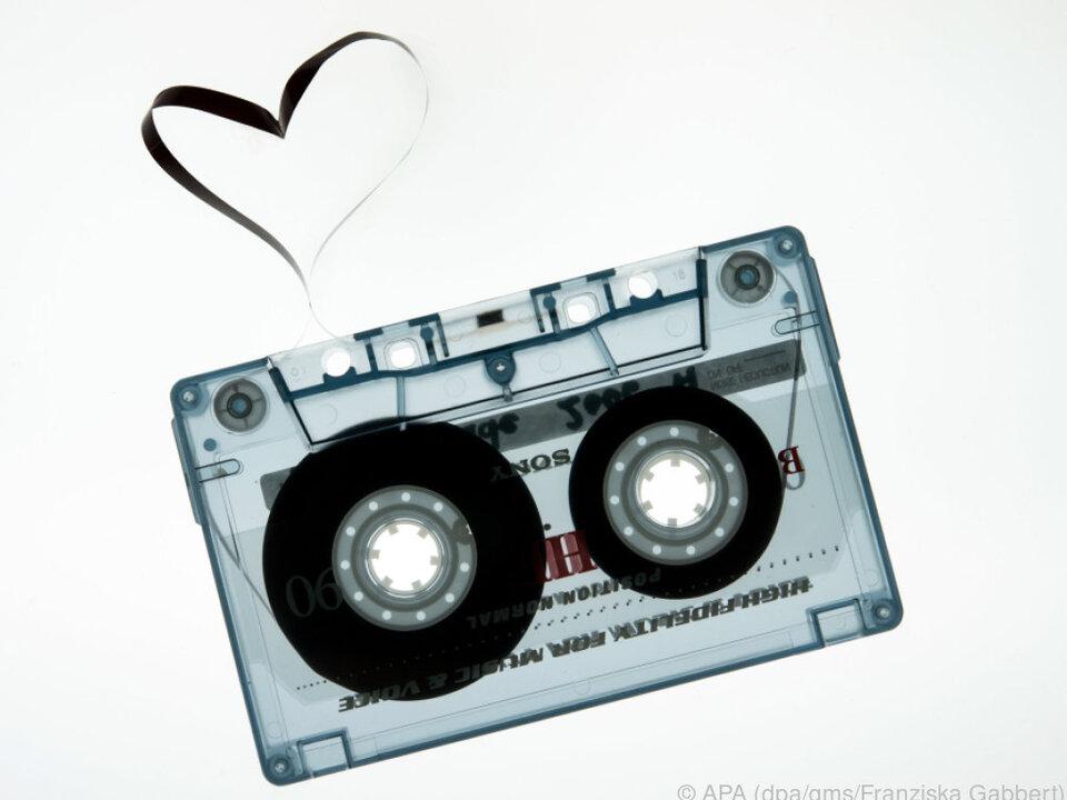 1963 wurde die Kompaktkassette zum ersten Mal der Welt präsentiert kassette