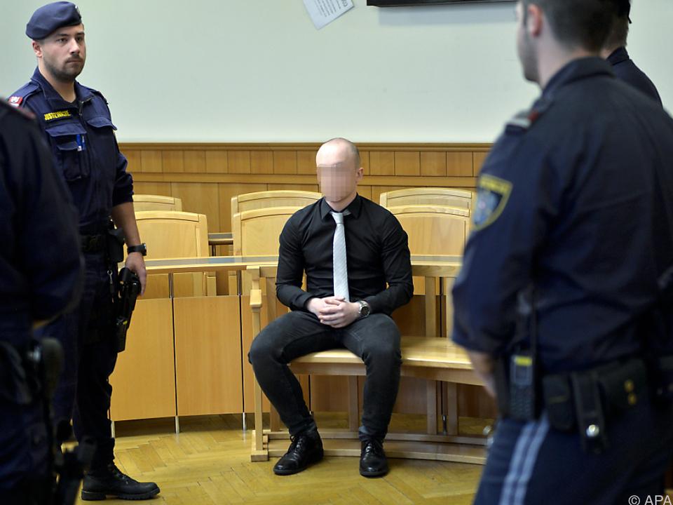 Einer der Angeklagten
